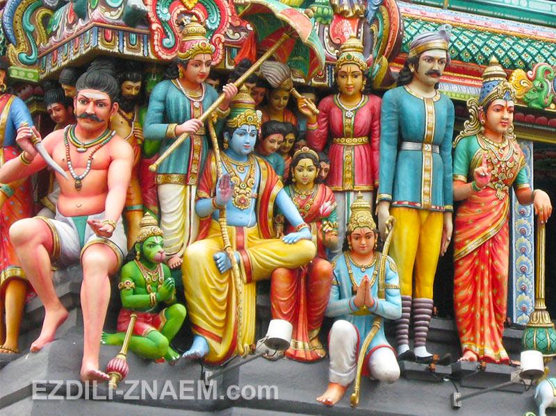 буйство цветов в индийских храмах Сингапура