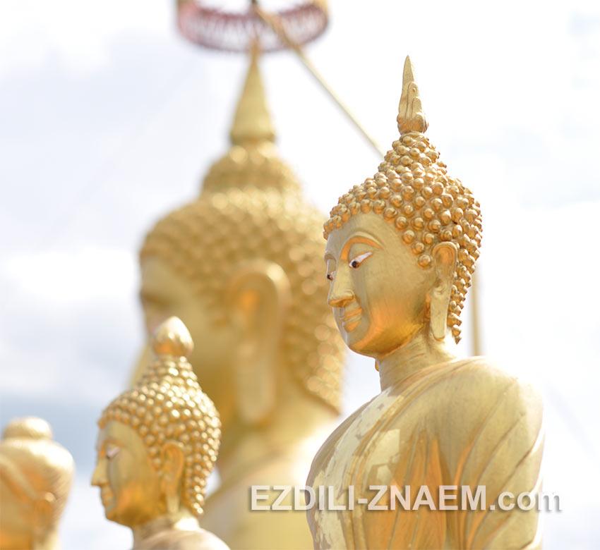 будды на вершине Тигровой горы в Краби