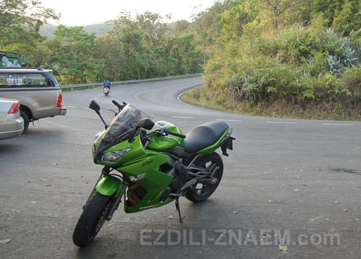 Аренда мотоцикла в Чианг Мае. Тайланд. Заезд на Дои Сутеп