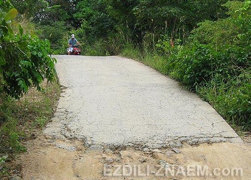 Дороги и аренда мотобайка на островах Тайланда