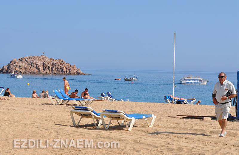 Пляж в Тосса-де Мар