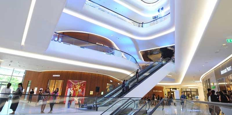 "Новый шоппинг центр Бангкока ""Central Embassy Shopping Mall"""