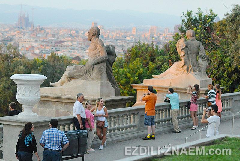 в Испании можно много гулять