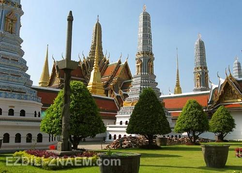 Гуляем по Королевскому дворцу в Бангкоке