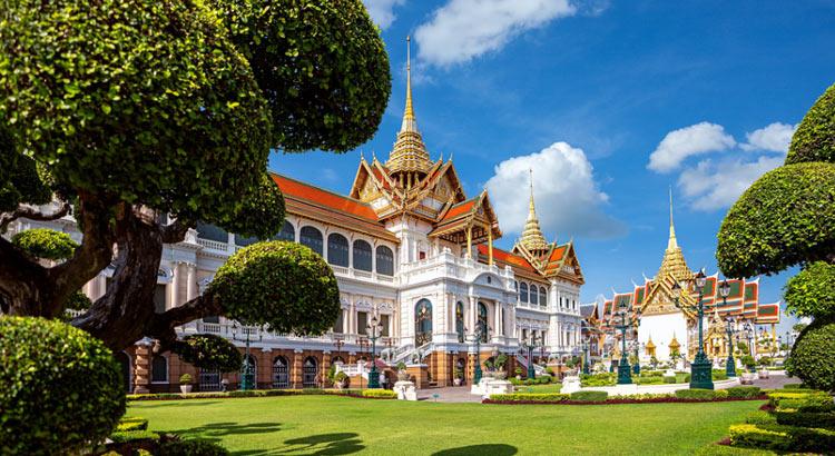 Королевский дворец в Бангкоке – первая достопримечательность города