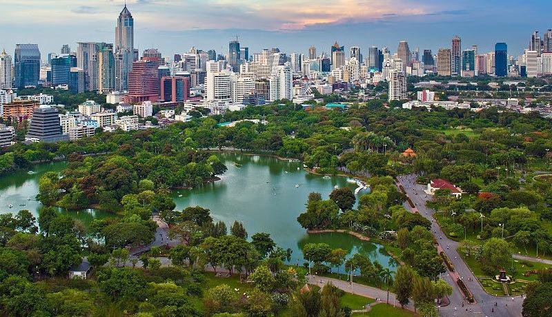 Парк Лумпини в Бангкоке. Таиланд