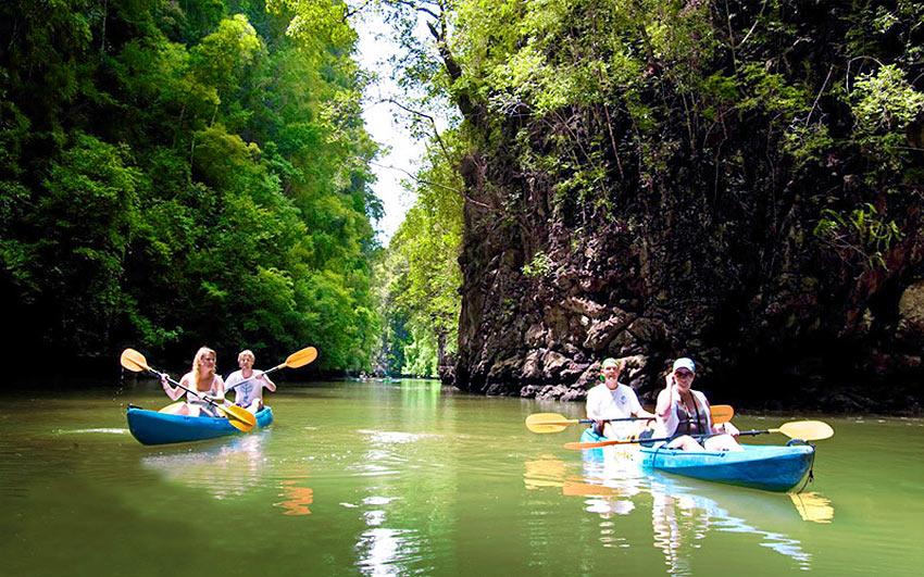 каякинг среди островков и мангровых зарослей в бухте Талейн