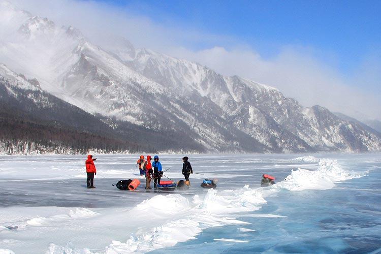 Байкальский лед. Западный берег Байкала