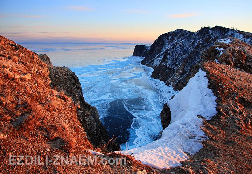 Северная оконечность острова Ольхона - мыс Хобой.