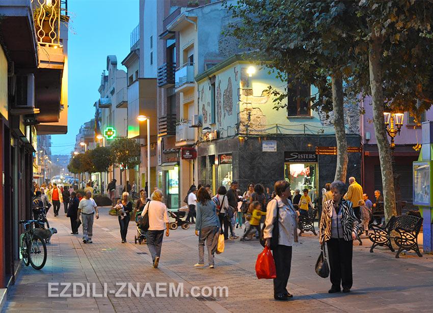 приятный вечер в испанском Малград де Мар