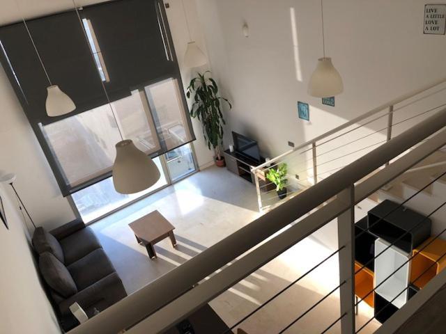 Двухуровневые апартаментыCriteriaHome в Мадриде