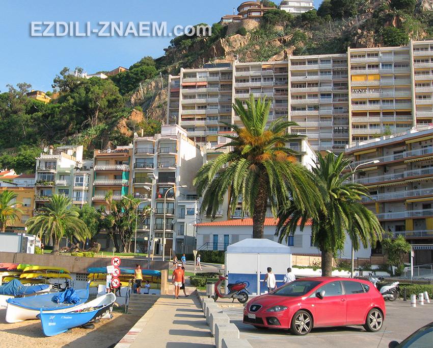 На фото: отдыхая в Испании, удобно снимать квартиры или апартаменты