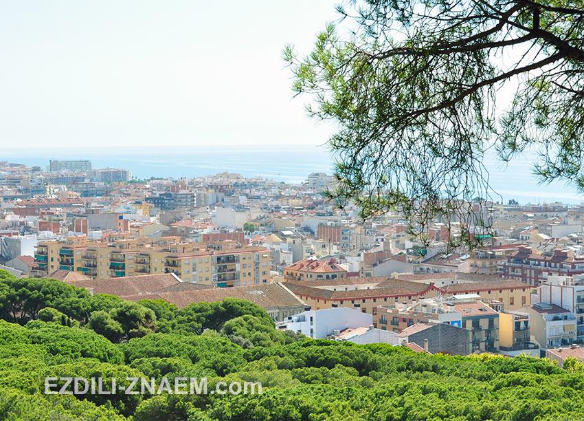 вид на город с горы, Калейя, Испания