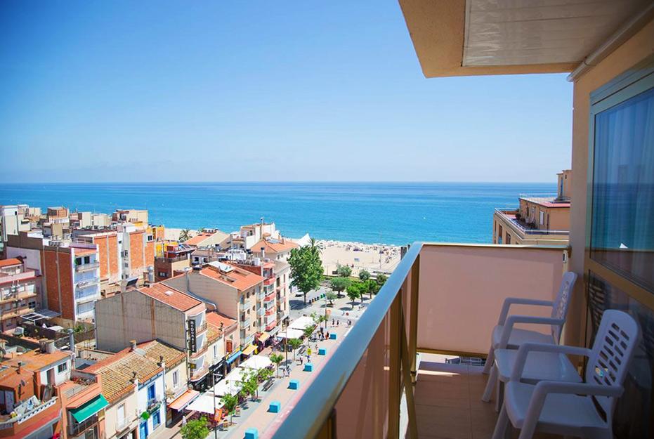 Отель в Калелье H·TOP Amaika 4* Sup, с видом на море