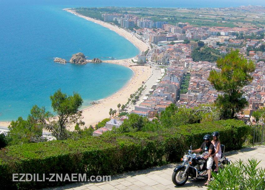 вид на Бланес, Испания