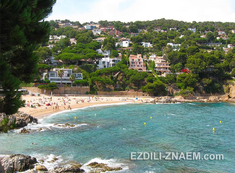 пляж Са Форканера в Бланесе, Испания