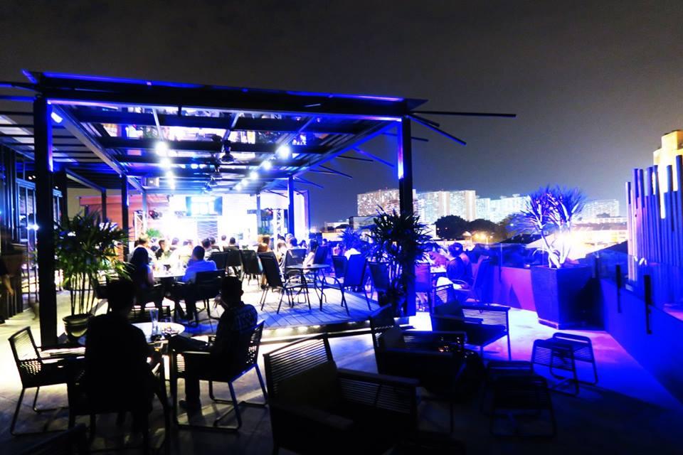 Бар на крыше отеля Le Dream Boutique Hotel, Пенанг