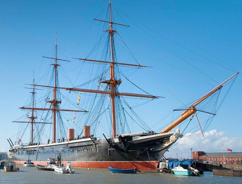 """Броненосный корабль """"Уорриор"""", Англия"""
