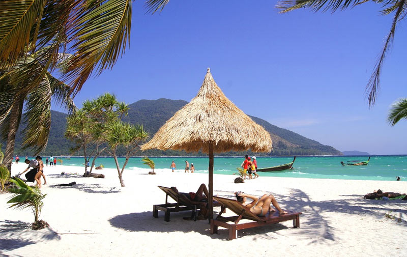 Пляж Санрайз на острове Липе