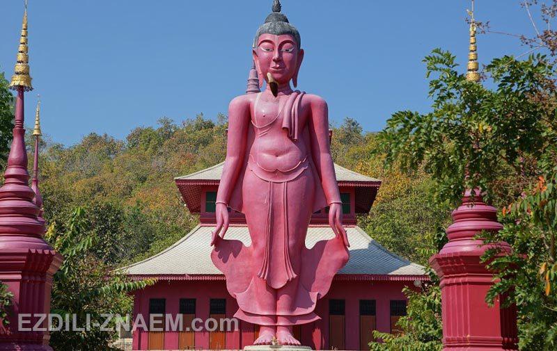 Розовая статуя Будды, Таиланд