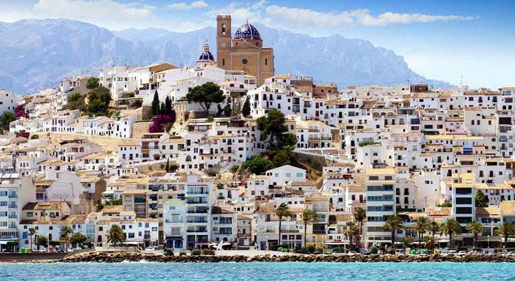 Альтея: почему выбирают именно этот курорт для отдыха на море в Испании