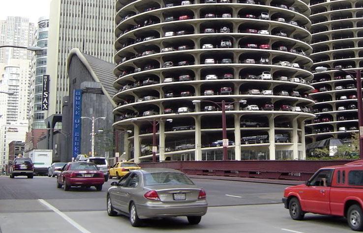 Парковка машин в Чикаго