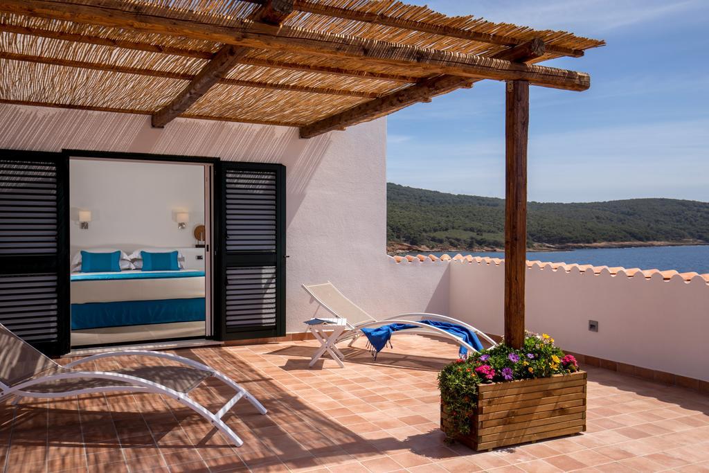 Номер с террасой в отеле El Faro