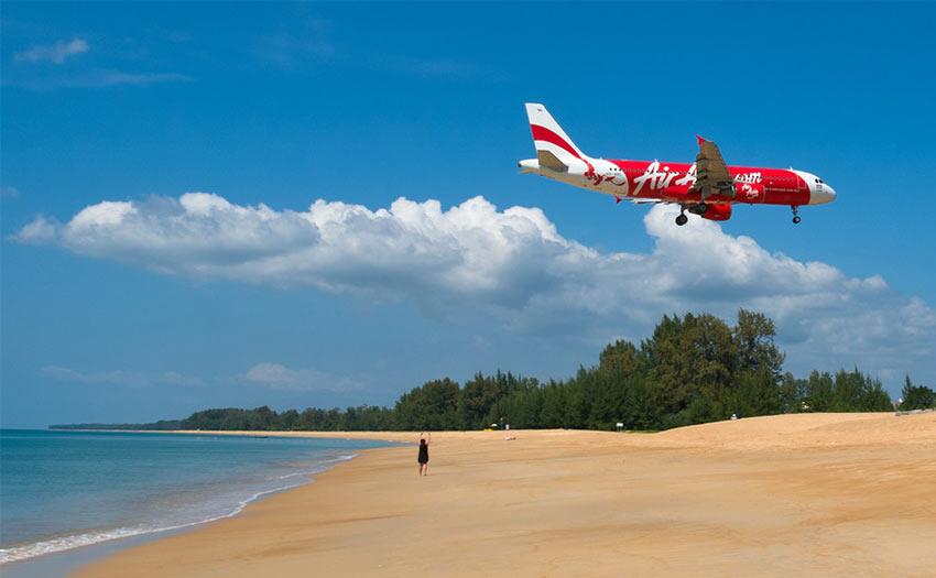 Пляж Mai Khao самый малолюдный