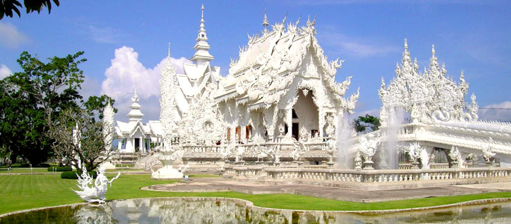 Белый Храм - уникальная достопримечательность Северного Таиланде