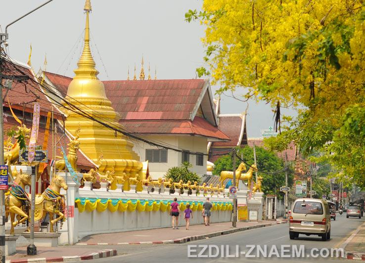 Храмы Чианг Мая
