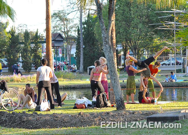 В парке Нонг Буак в Чиангмае