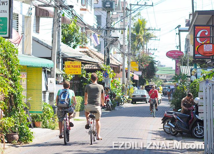 Туристы в старом Чиангмае
