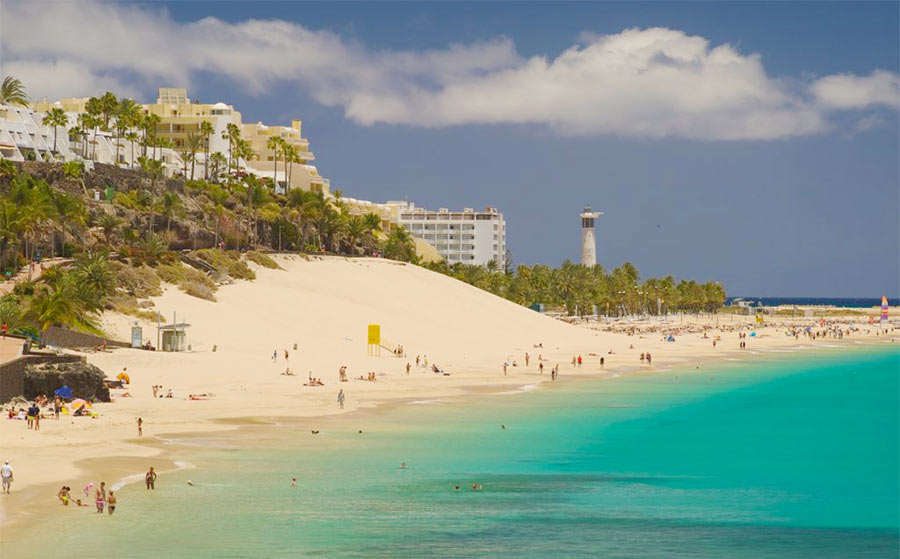 песчаные пляжи острова Фуэнтевентура. Канарские острова