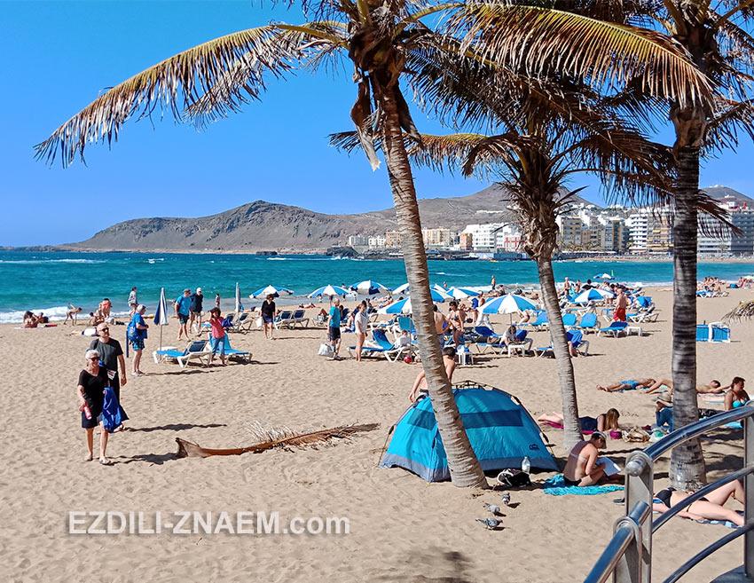 пляж в Лас-Пальмасе, остров Гран Канария
