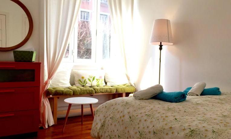 комната в хостеле Lisbonera, в Лиссабоне