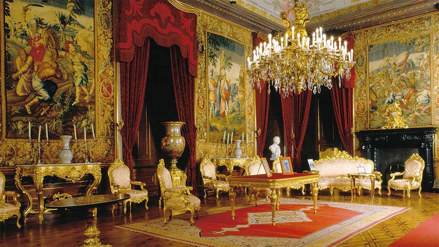 интерьер дворца Ажуда в Лиссабоне