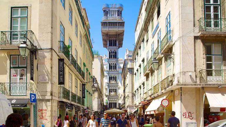 Лифт Санта Жушта в Лиссабоне