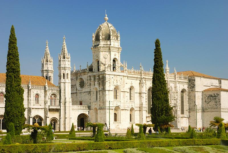 Монастырь Жеронимуш - самая узнаваемая достопримечательность Лиссабона