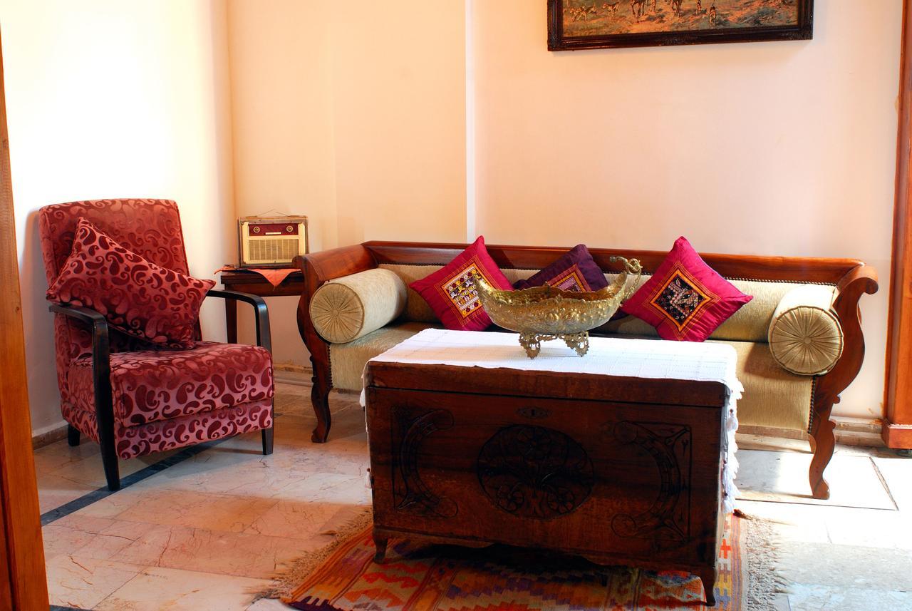 White Garden - недорогой отель в Турции