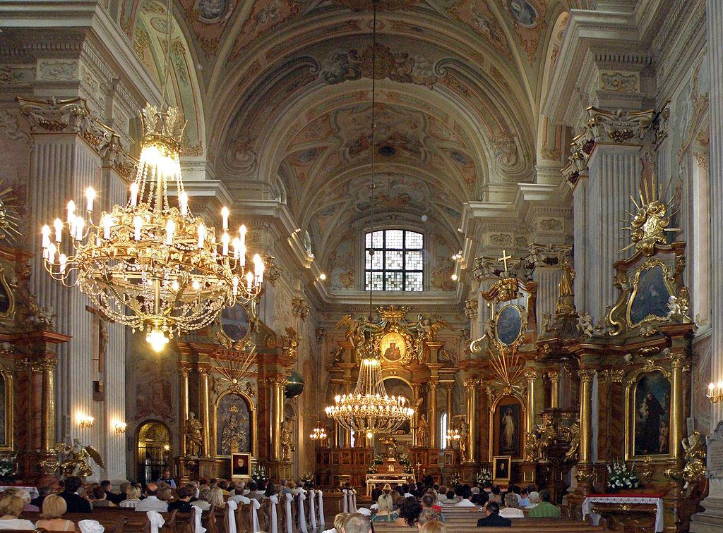 Церковь Святой Анны в Варшаве