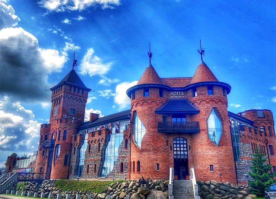 Действующий замок - отель Нессельбек в Калининграде
