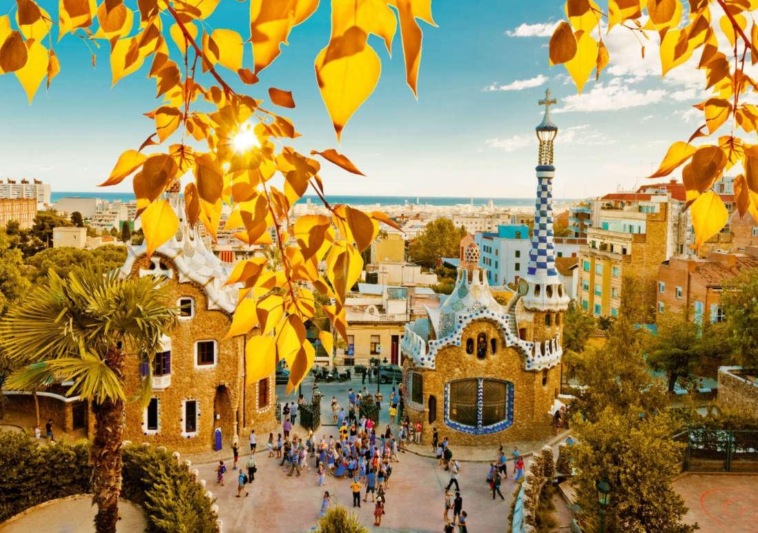 Барселона - одно из лучших мест, куда поехать в октябре за границу