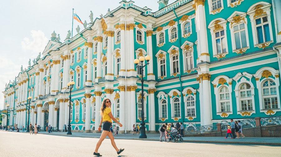 Когда лучше ехать первый раз в Санкт-Петербург
