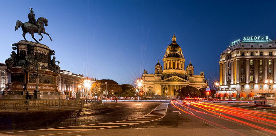 Исаакиевская площадь, Петербург