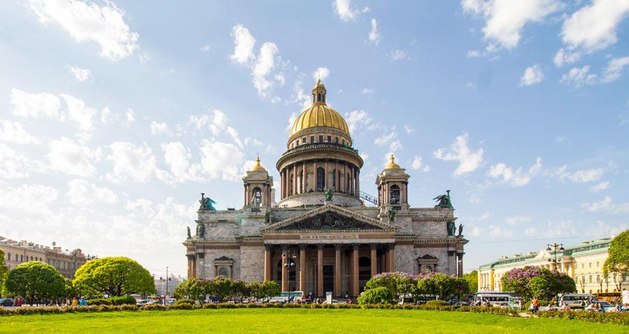 Искаакиевский собор в Петербурге
