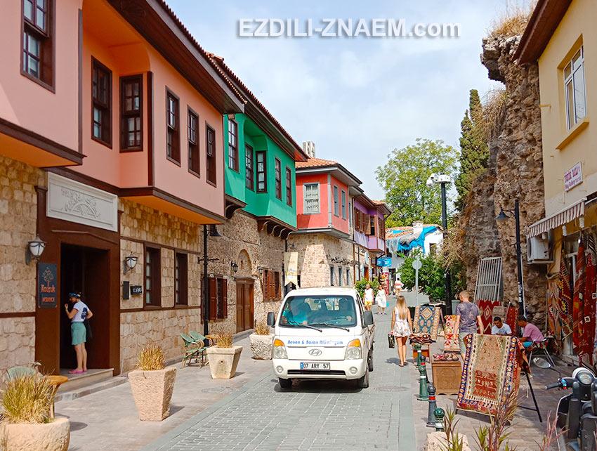 Улицы старой Анталии, Турция