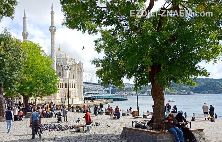 мечеть Ортакей часто мелькает в кинофильмах