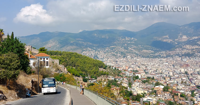 вид на Аланию, Турция