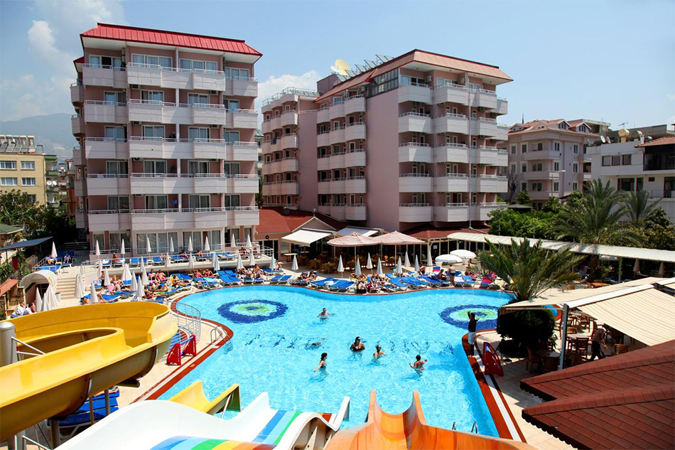 Kahya Hotel - недорогой отель с подогреваемым бассейном в Турции