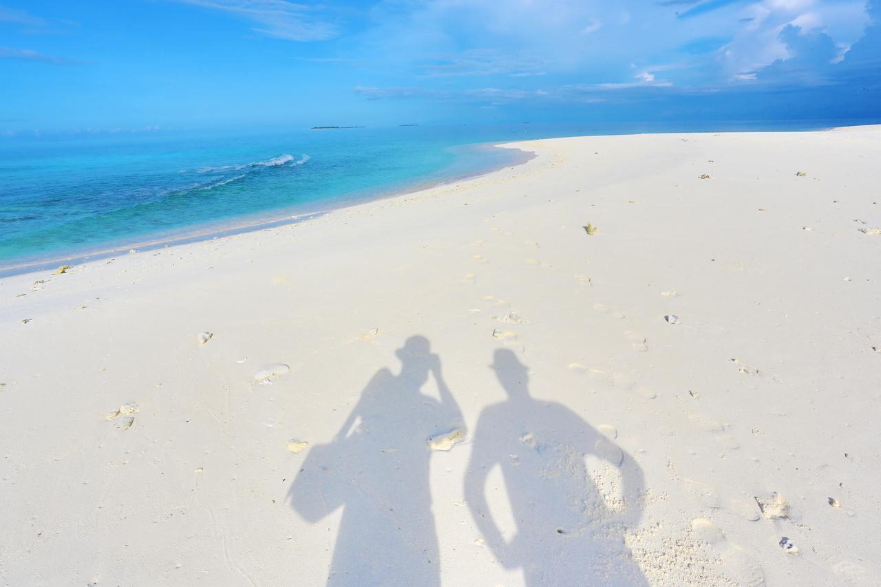 На фото: пляж на Мальдивах